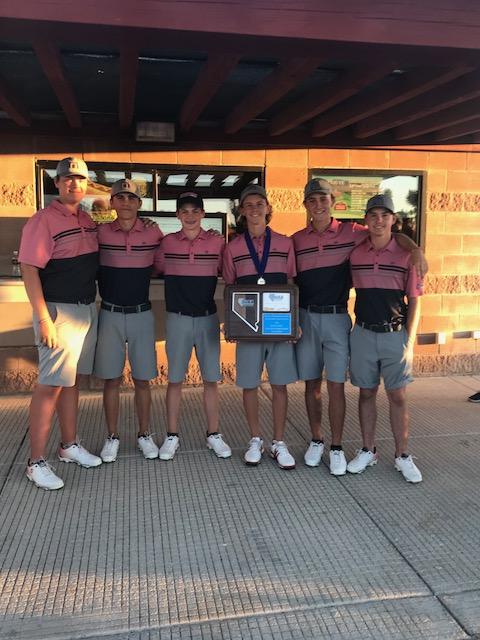 Boys Golf 2018 Region Champs!