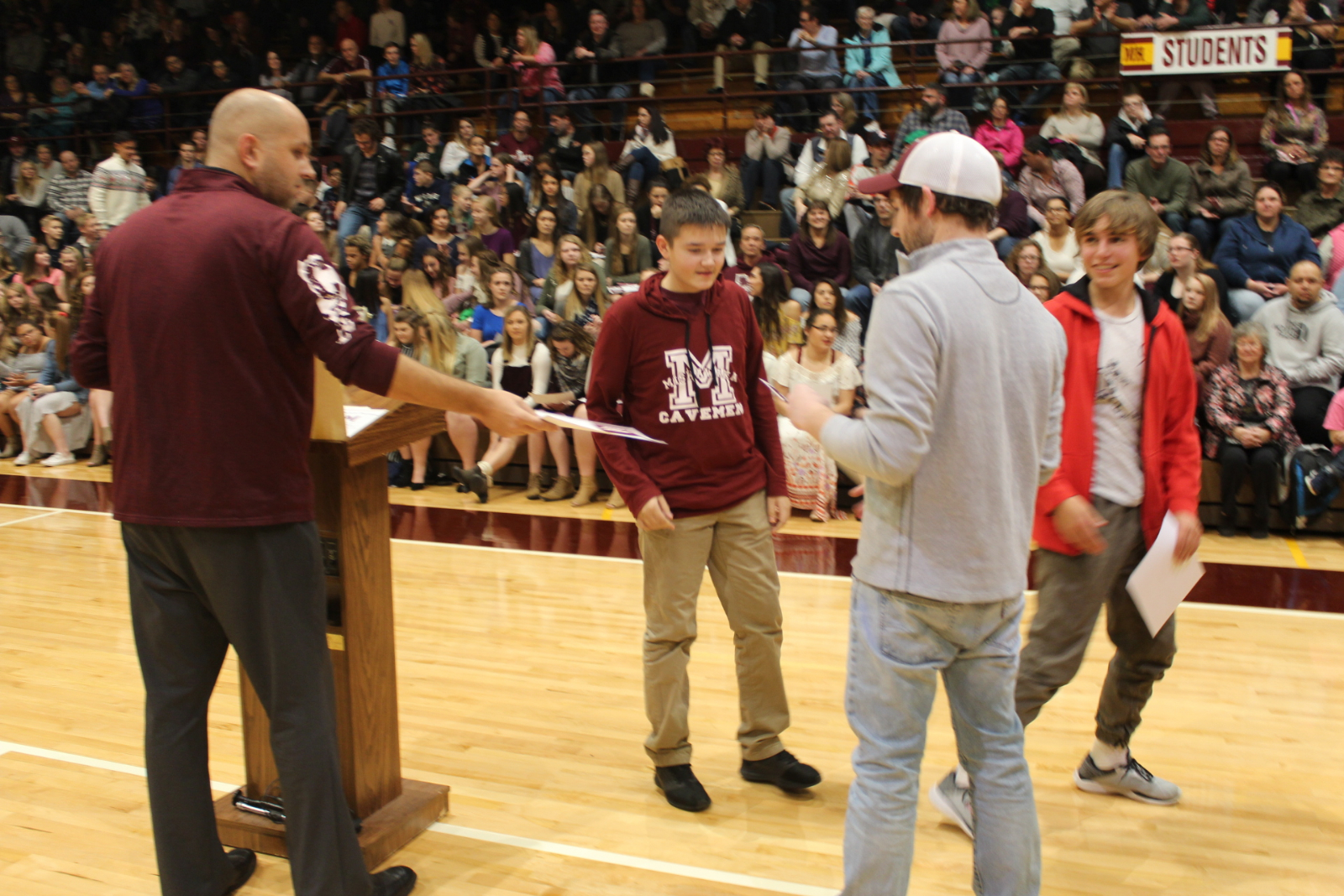 Mishawaka Fall Athletes Honored for Academic and Athletic Achievements