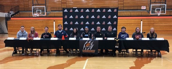 Congratulations Seniors who have committed to play in college!