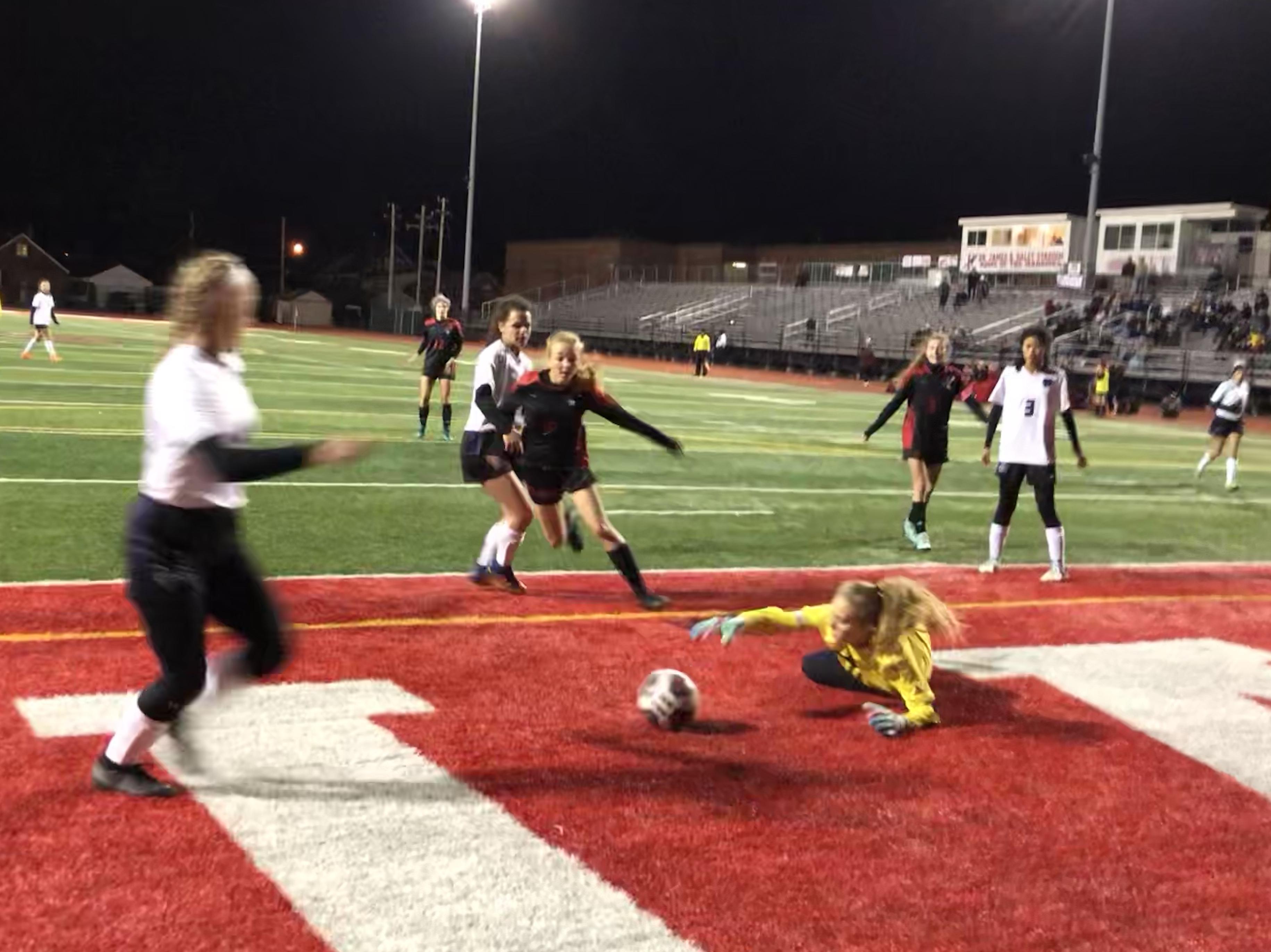 Danburg: Girls Varsity Soccer Advances With Playoff Win Versus Keystone, 5-0