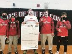 6 wrestlers  advance to regionals, with 1 District Champ.