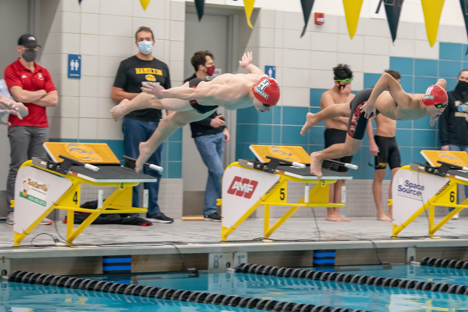 Dutch Swim and Dive Headed to State Finals