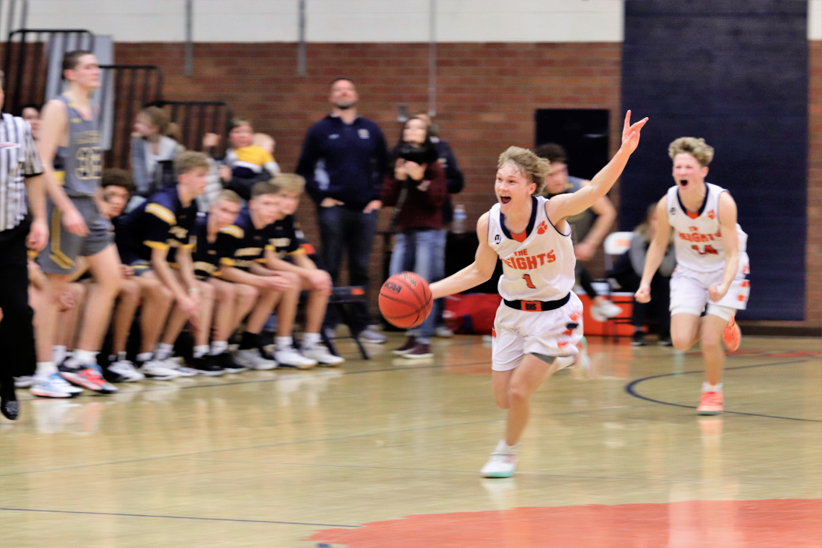 Bengals beat Bonneville, 47-45, in last game in Brighton gym
