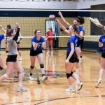 Hillsboro rallies for three-set victory against St. Pius X