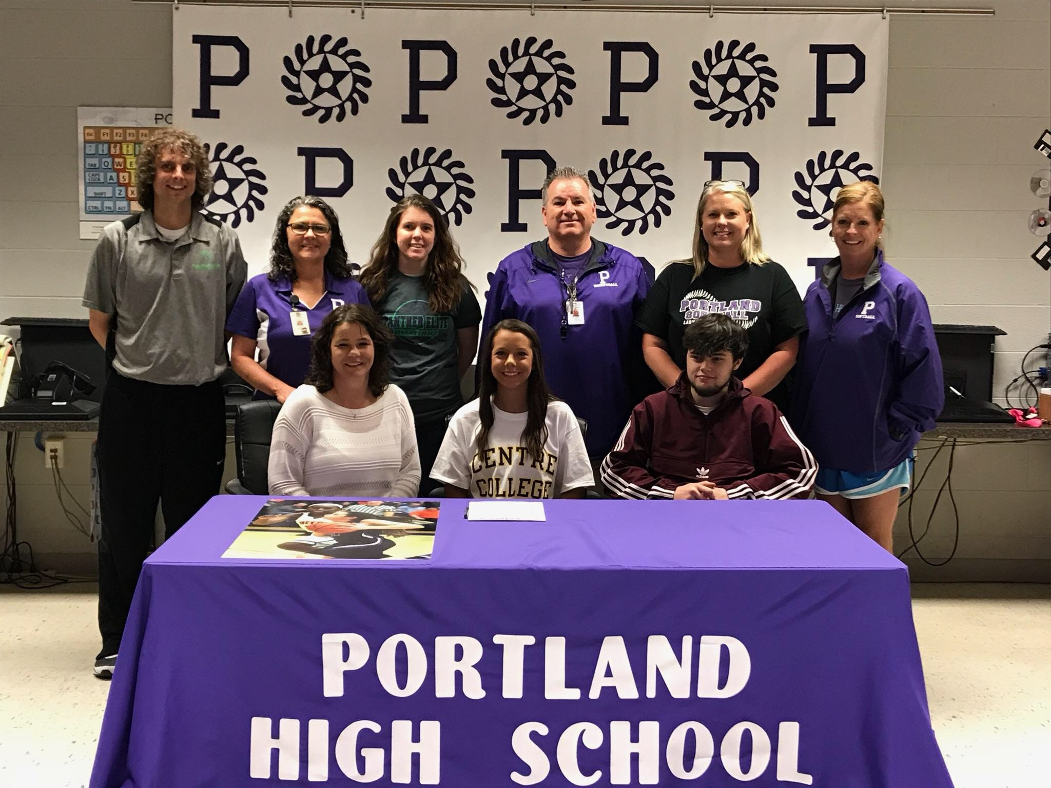 Rachel Jennings signs basketball scholarship