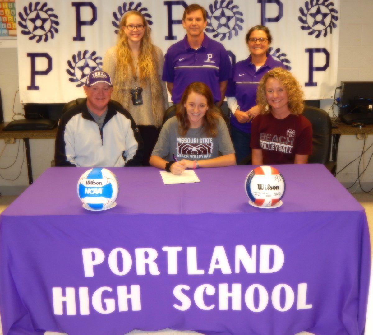 Bullington commits to play beach volleyball at MSU