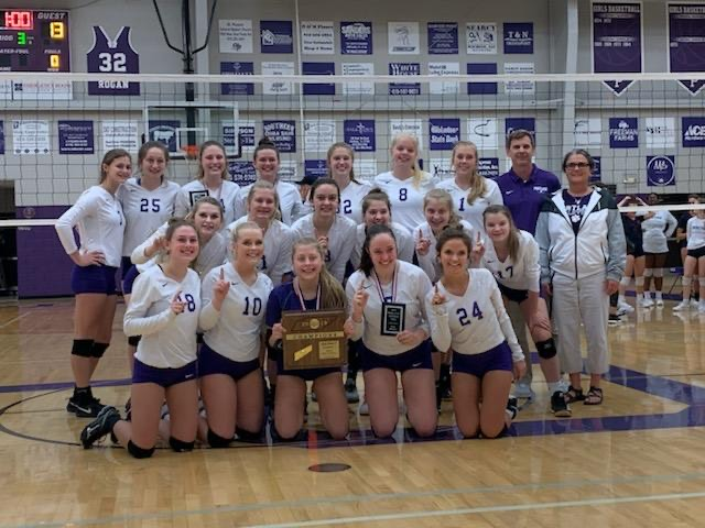 Girls Volleyball Repeats as District Regular Season and Tournament Champs