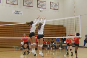 Varsity Volleyball vs. Ottawa Hills (9/14/2017)