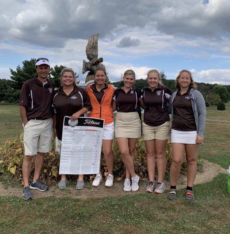 Girls Golf Advances to District Match