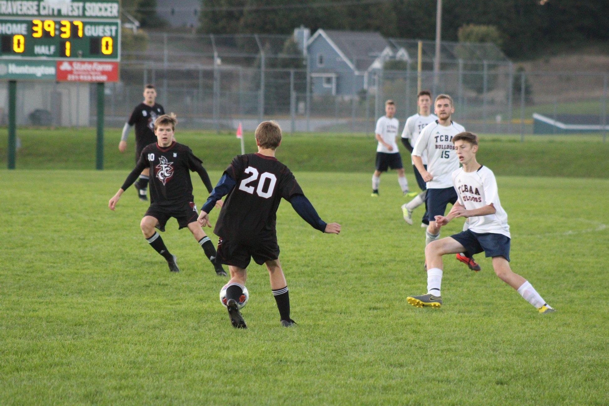 Boys Varsity Soccer beats the Traverse City Bulldogs 4 – 1