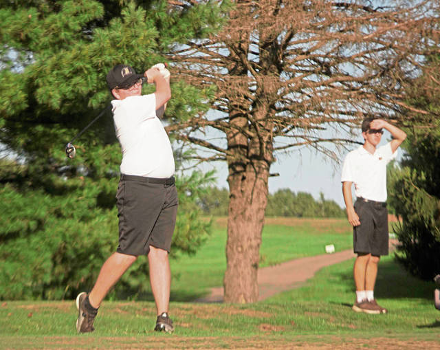 Riverview Golf Team taking undefeated season match by match