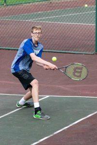 Tennis defeats Salem 4-24-19