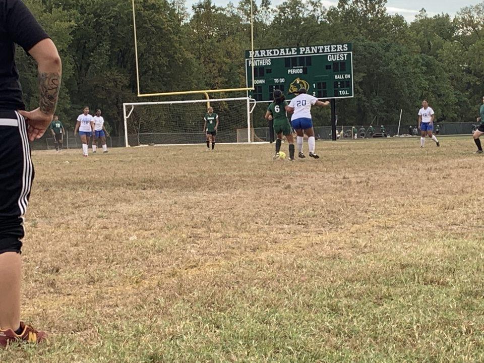 Girls Junior Varsity Soccer beats Parkdale 2 – 0