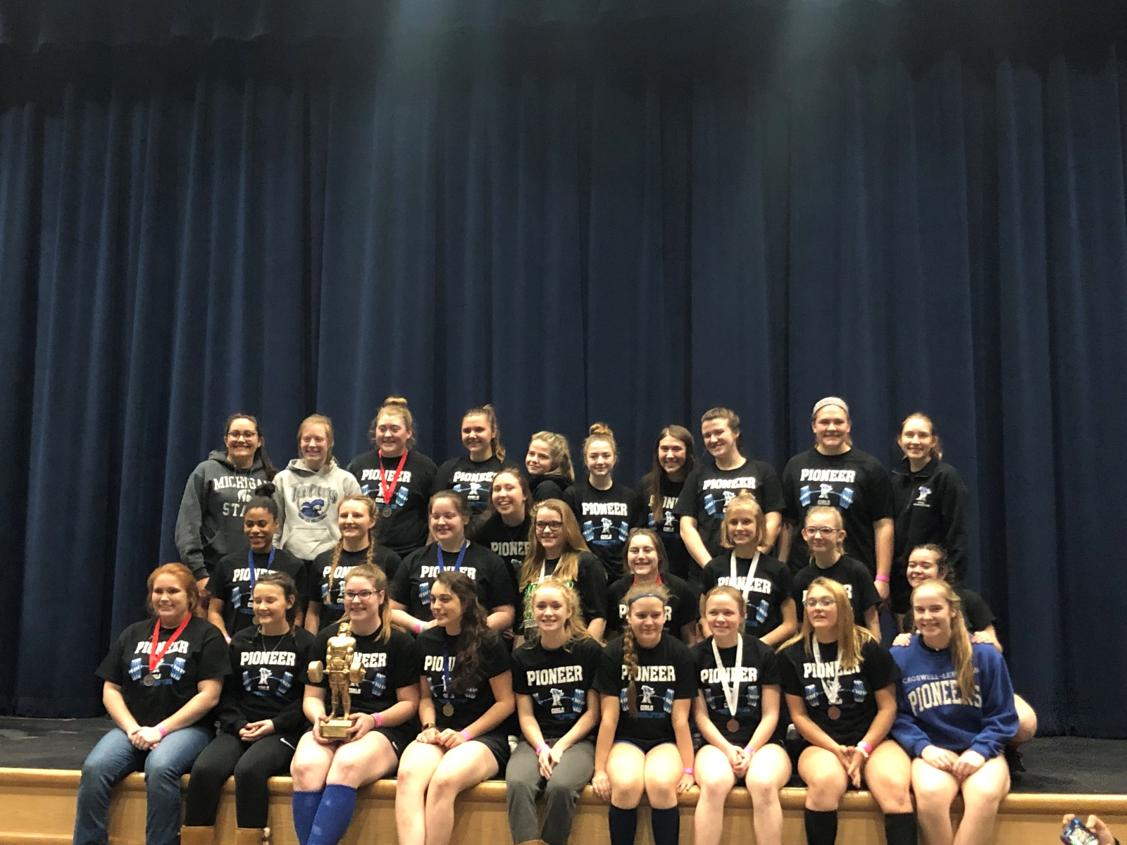 Girls Powerlifting Takes 1st at North Branch