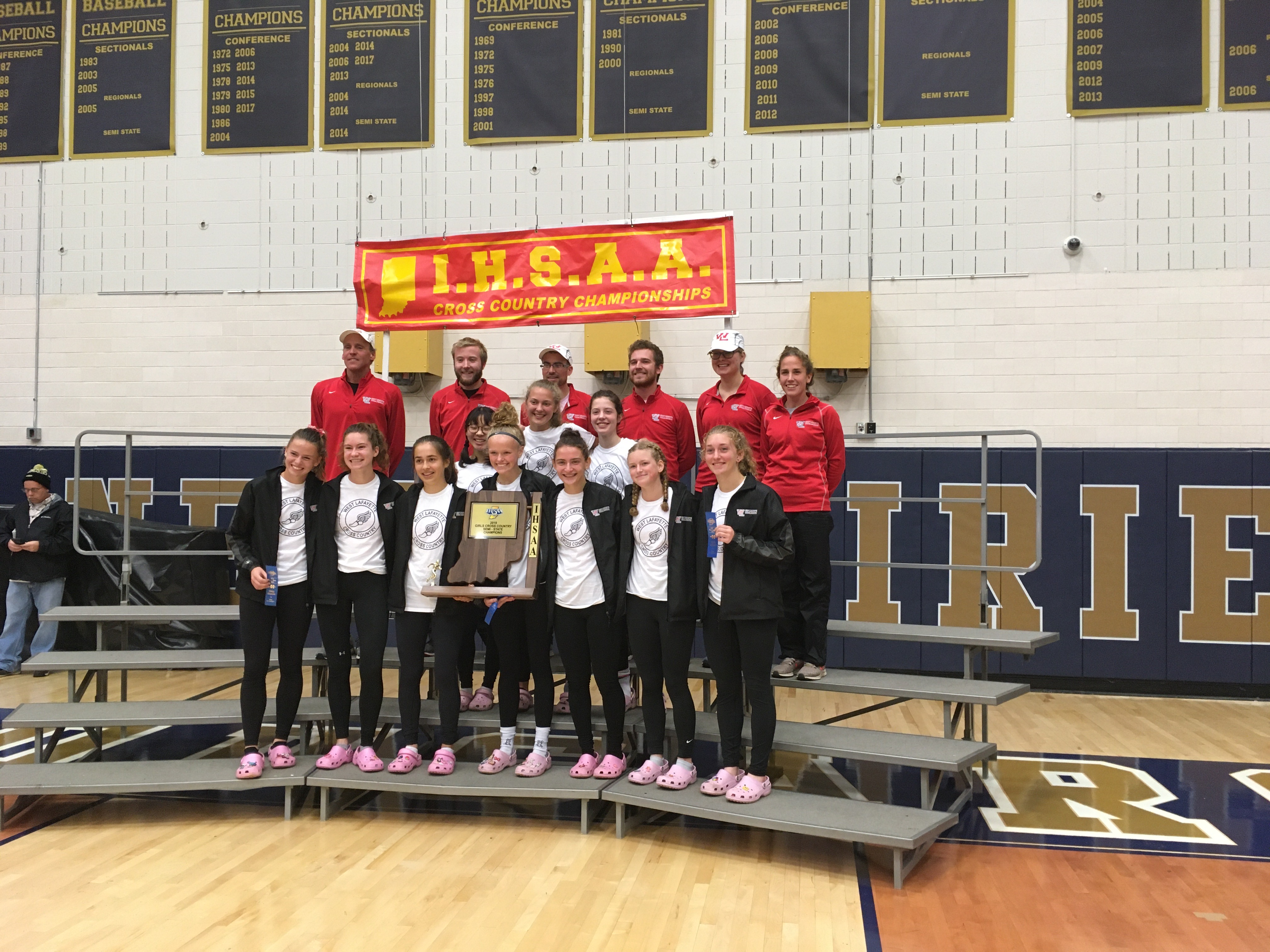 Girls XC wins New Prairie Semistate to advance to State Finals
