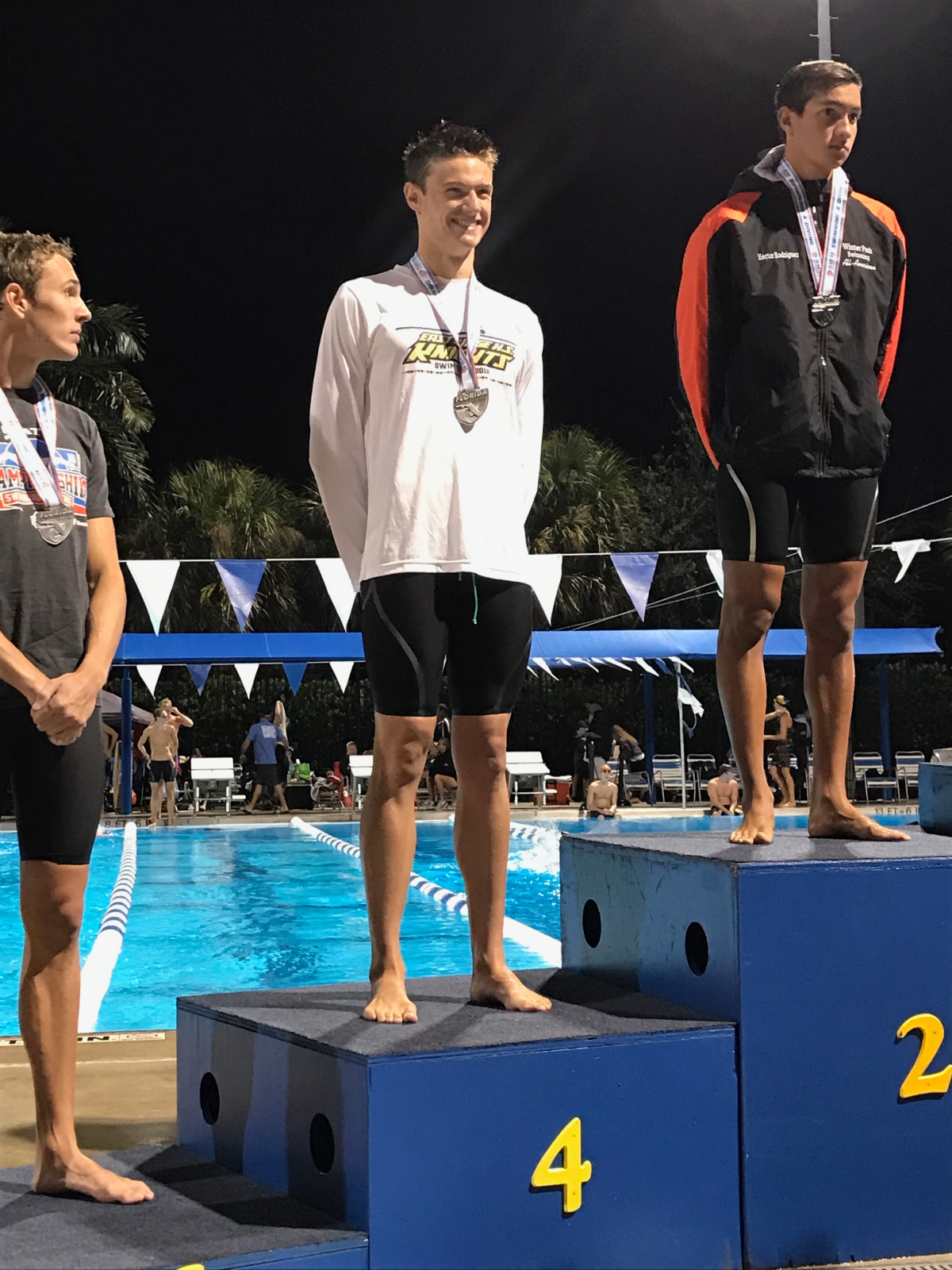 Jake Moretti places 4th in state swimming