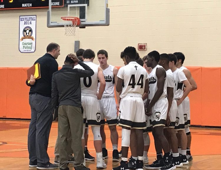 Boys Basketball Sails Past East River