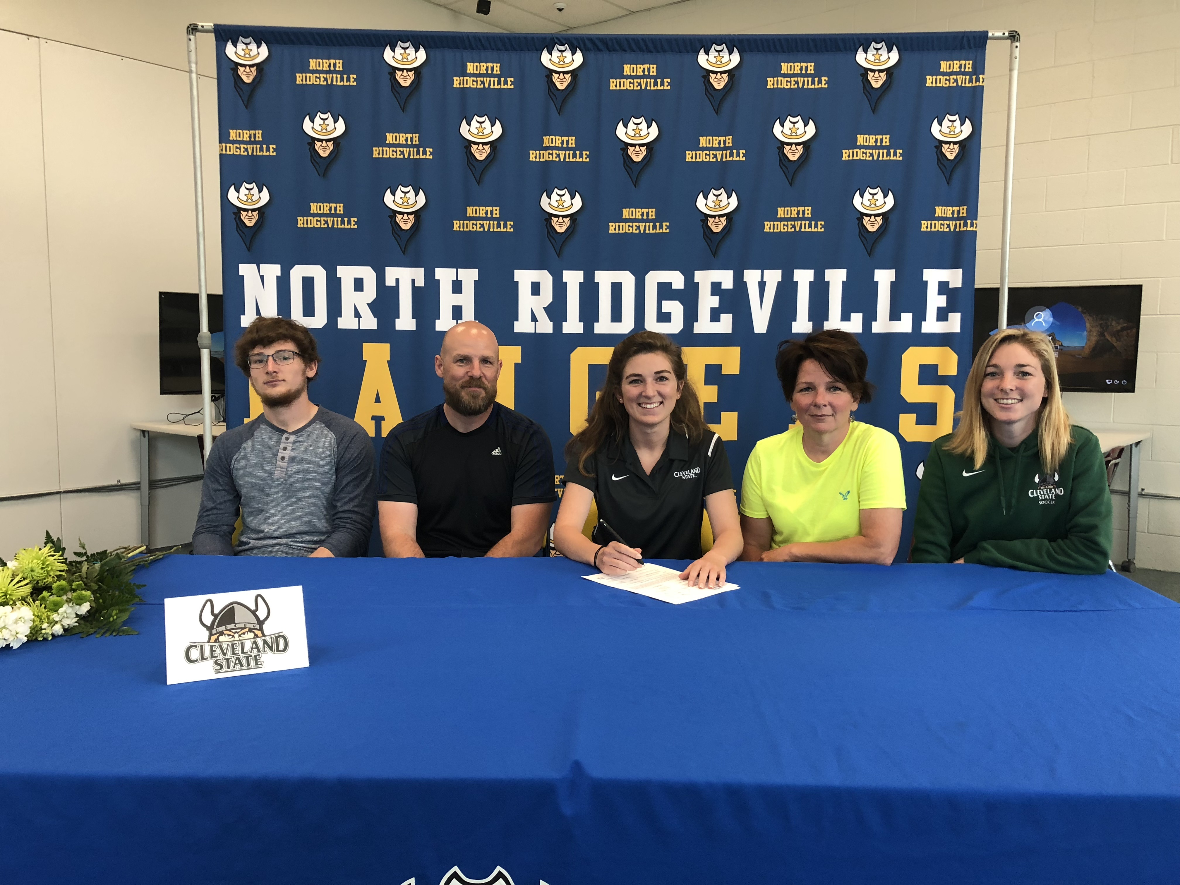 Graicen Riley Signs With Cleveland State University