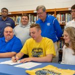 Story: Reynolds signs with Welch