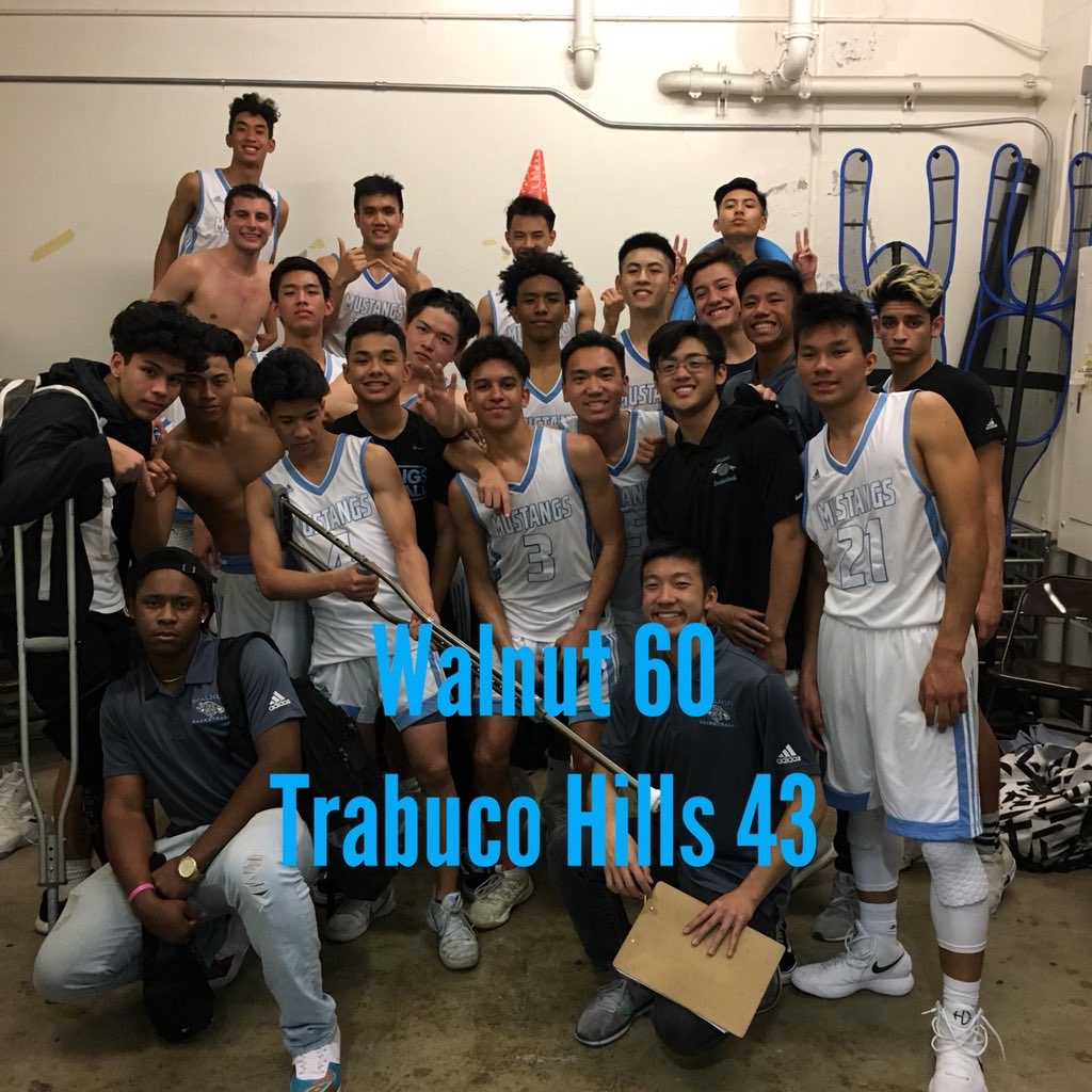 Boys Varsity Basketball beats Trabuco Hills 60 – 43