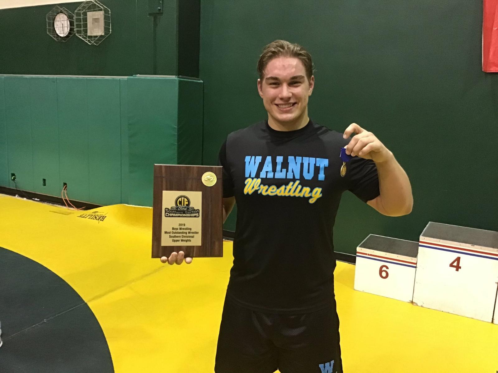 Billy Von Goeben Wins CIF-SS Wresting Championship