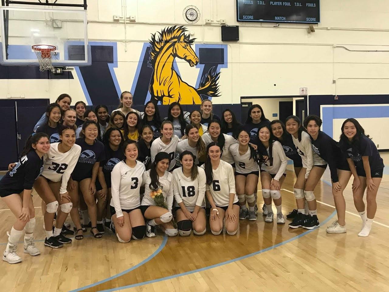 Girls Varsity Volleyball beats Charter Oak 3 – 0