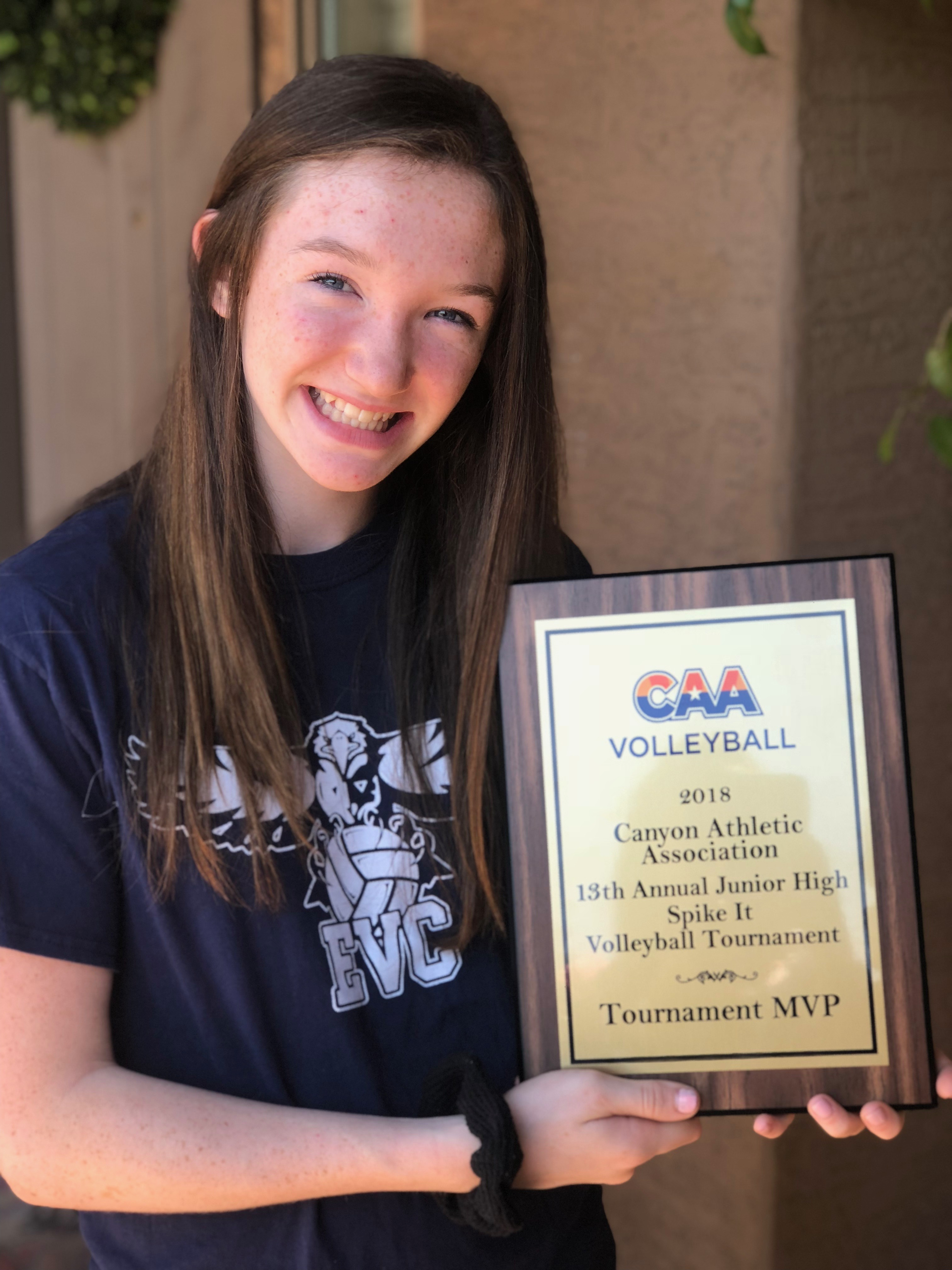 Athlete of The Week- Halle Gibbens
