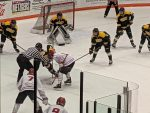 .@amherst_hockey wins over Bowling Green 5-1