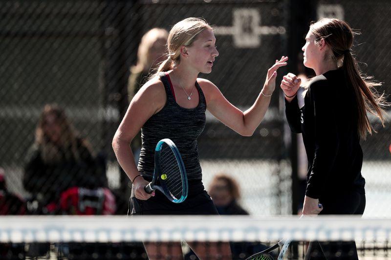 Hawks Lady Tennis Finishes 4th!