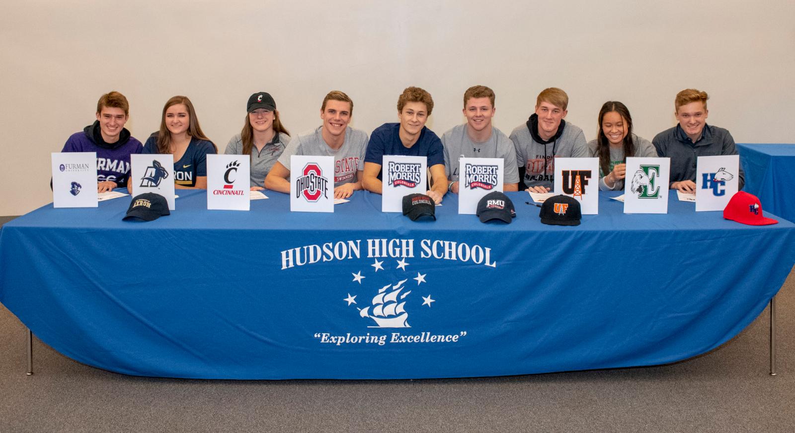 Seniors Continue Athletic Careers Collegiately