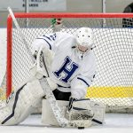 Ice Hockey beats Cleveland Heights 4 – 0