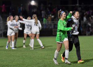 Images Hudson Girls Soccer vs Stow
