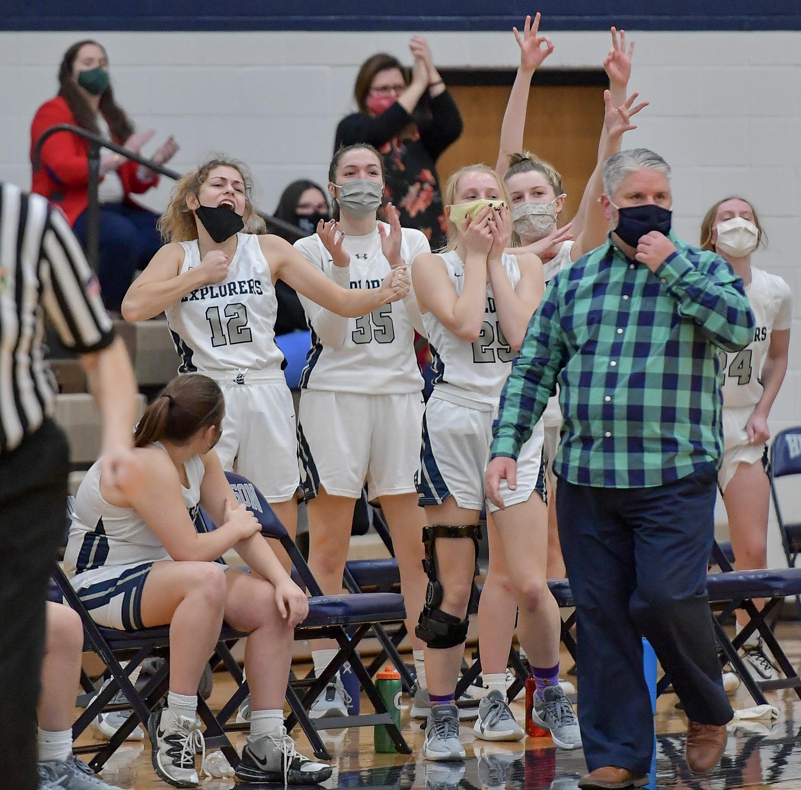 Images From Hudson Girls Basketball vs Chardon
