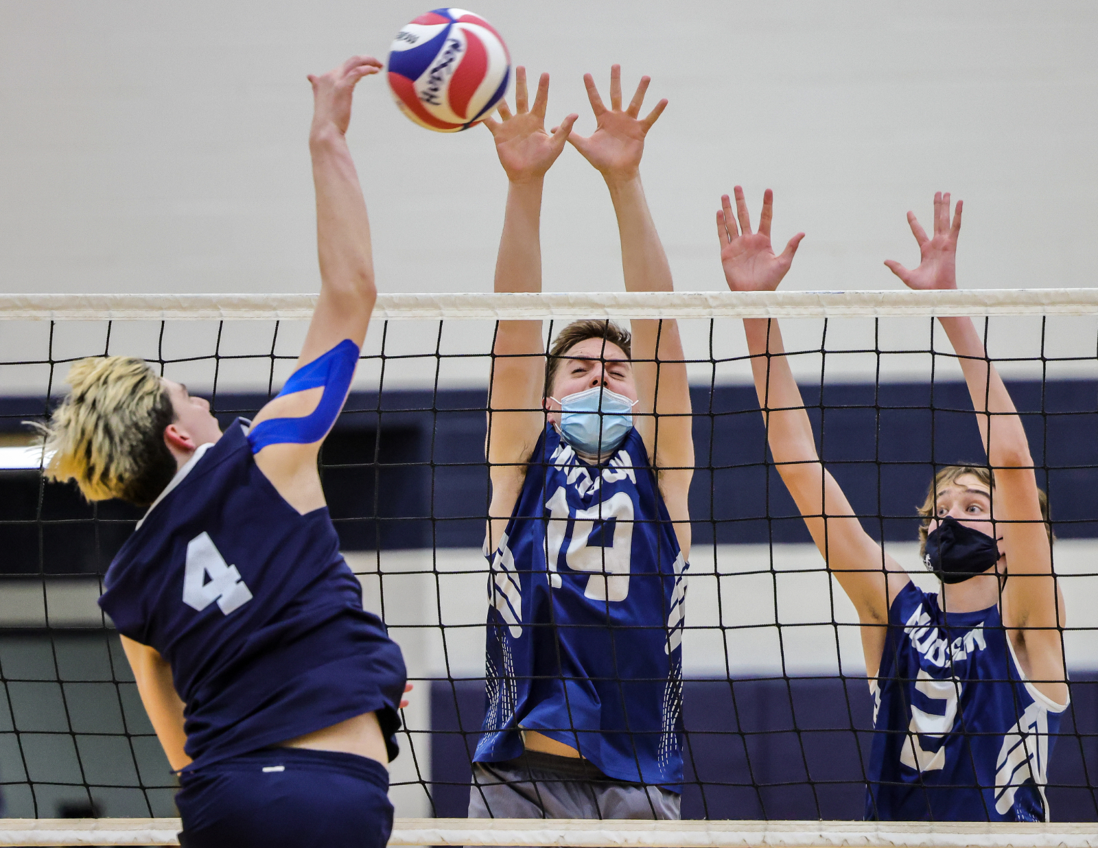Images From Hudson Boys Volleyball vs Hoban