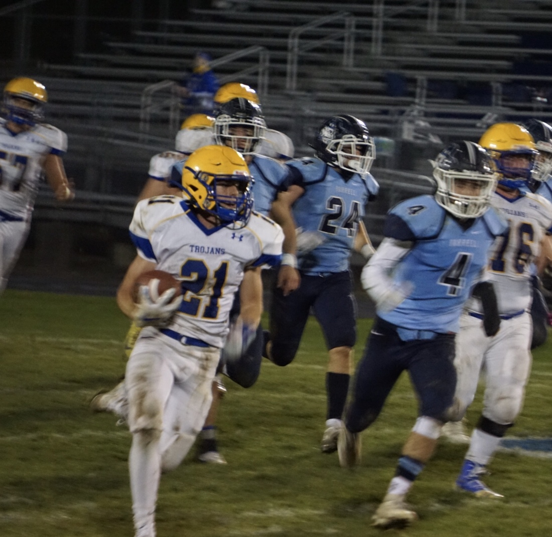 Huss breaks own school record, rushes for more than 400 yards in DA rout of Burrell