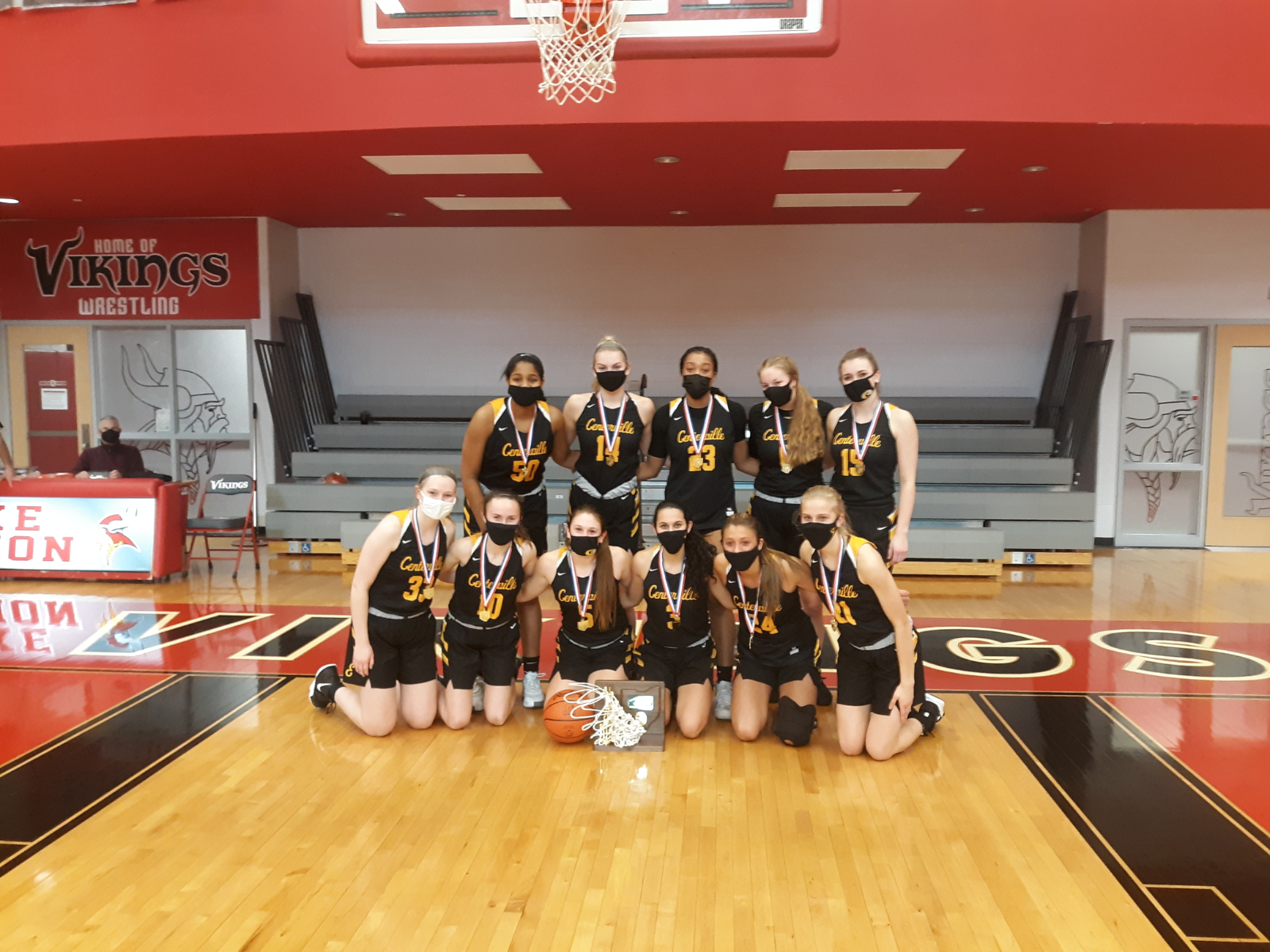Girls Varsity Basketball Wins 15th In A Row, Mount Notre Dame Up Next
