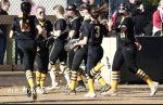 Softball Gets Huge Win Over Northmont, Advances to District Semi-Final