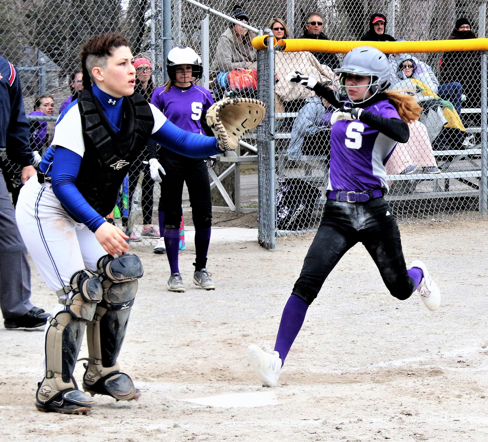 Emma Operaz scores ahead of the incoming throw in Swanton's 20-10 win over the Northwood Rangers