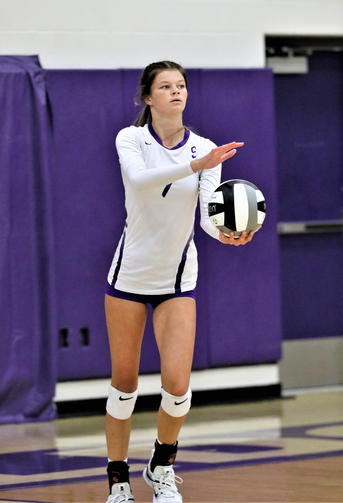 Maddie Smith served 17 straight points to lead the JV Lady Bulldogs to a 25-5 win in game one and a 2-1 in games victory over the Stryker Lady Panthers.