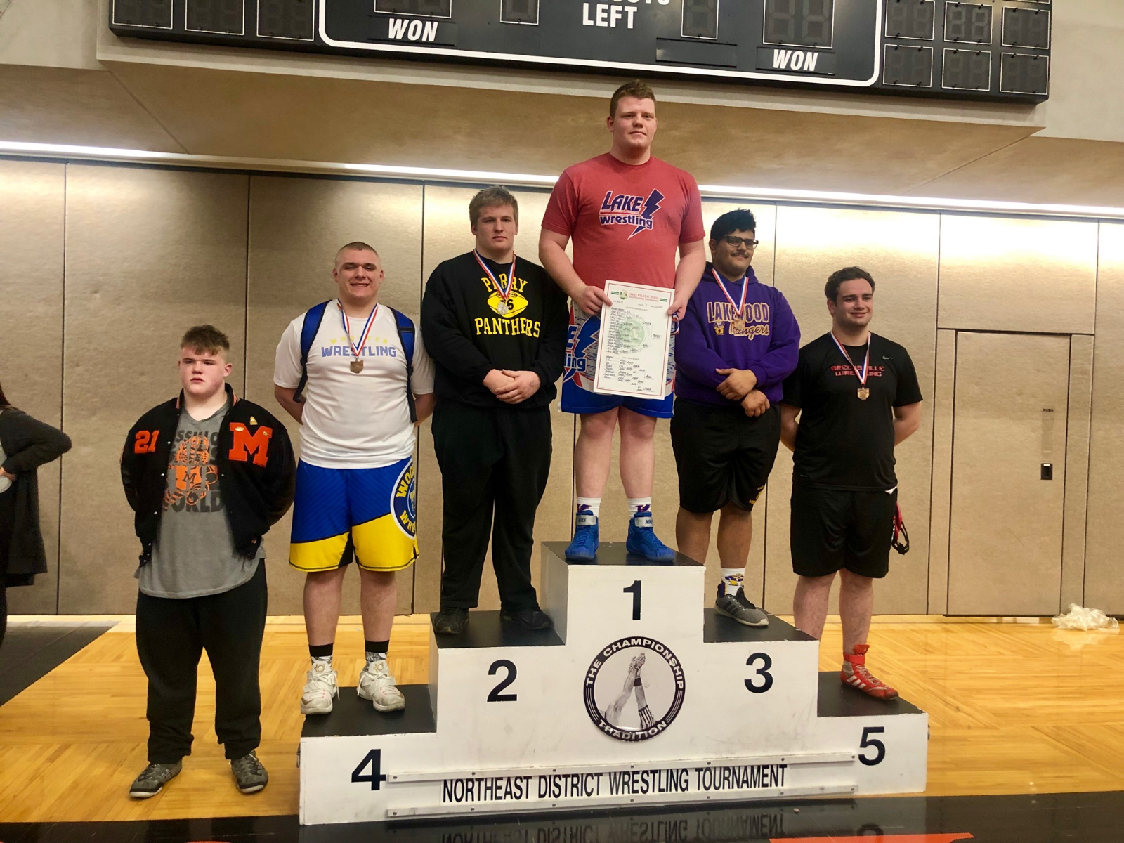 Junior Jake Burns earns his way to the State Wrestling Tournament