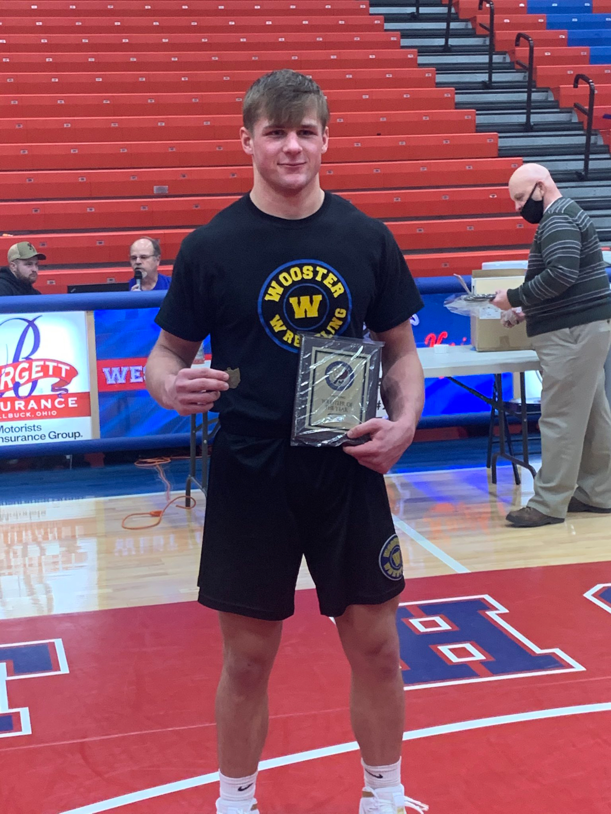 Lyons Competes at State Wrestling Tournament