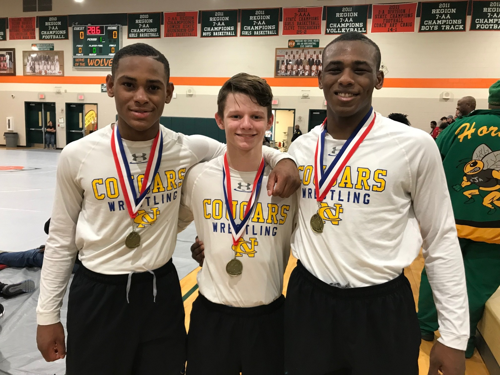 5 Cougars advance to A-AA state championships