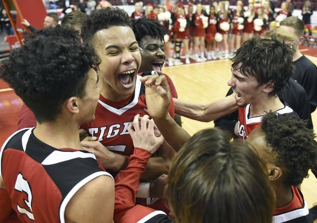 Basketball's Donovan Johnson receives offer from Arizona!- Trib HSSN