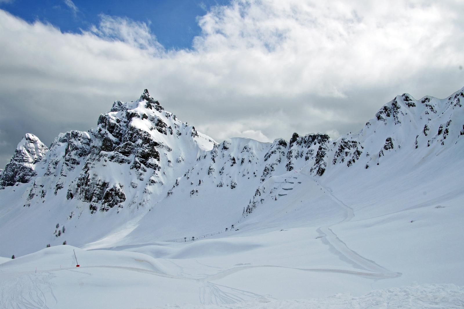 Winter sports registration is open!