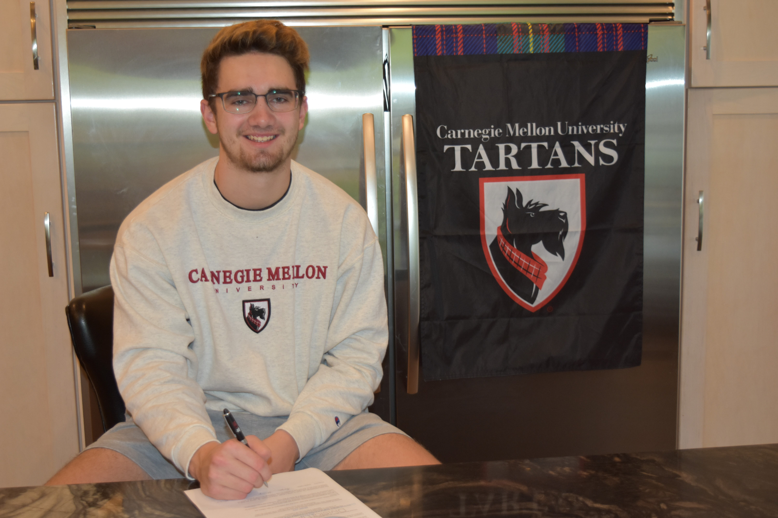 Logan Young signs Football LOI with Carnegie Mellon