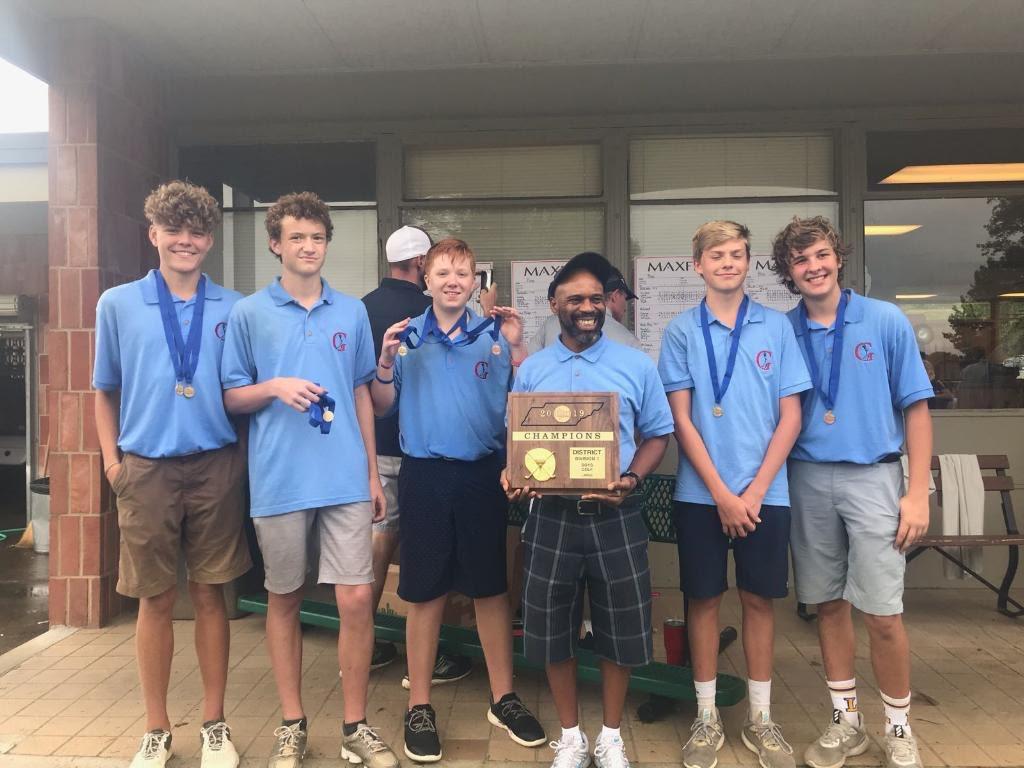 High School Boys Golf Team wins District Championship