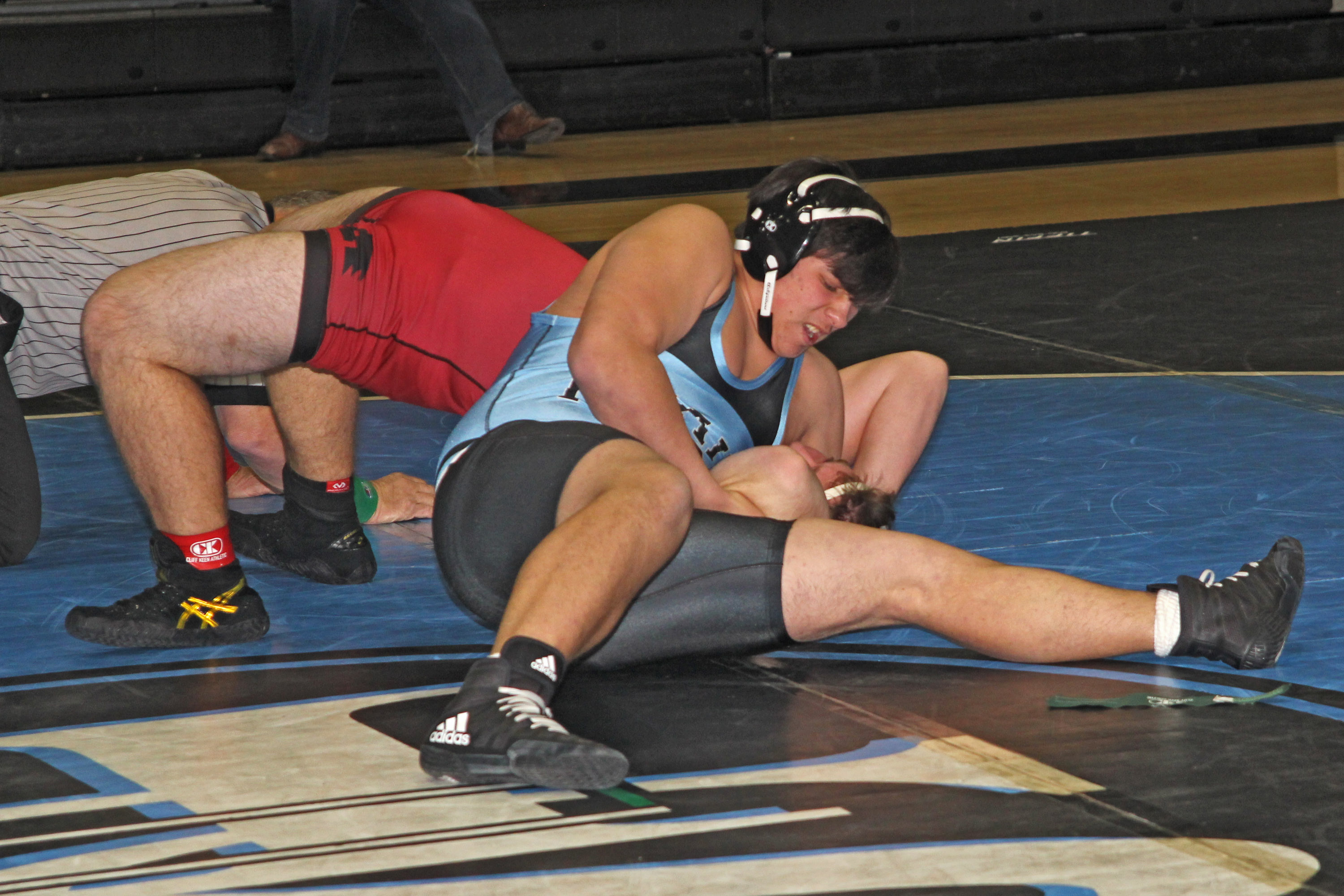 Jag Wrestlers Host Thompson