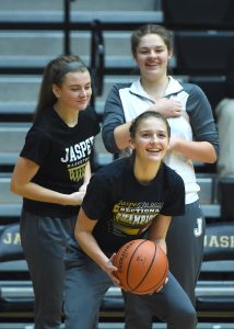 Basketball – Jasper vs Evansville Reitz (V-Girls)