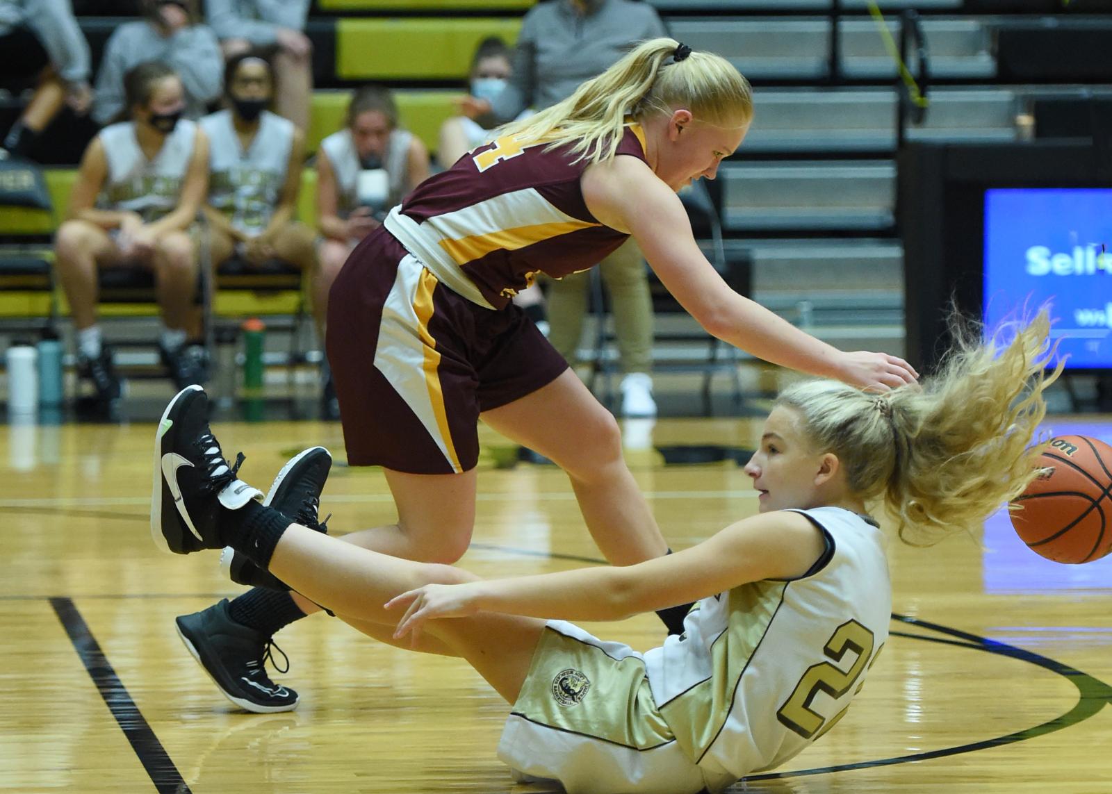 Basketball – Jasper vs Gibson Southern (F-Girls)