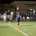 Football improves to 6-1 with win on homecoming night